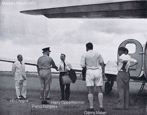 Harry Oppenheimer arriving in Mwadui March 1952
